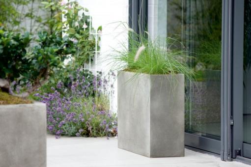 Fiberglas Pflanzkübel Esteras Stanbury betonfarben 100cm hoch