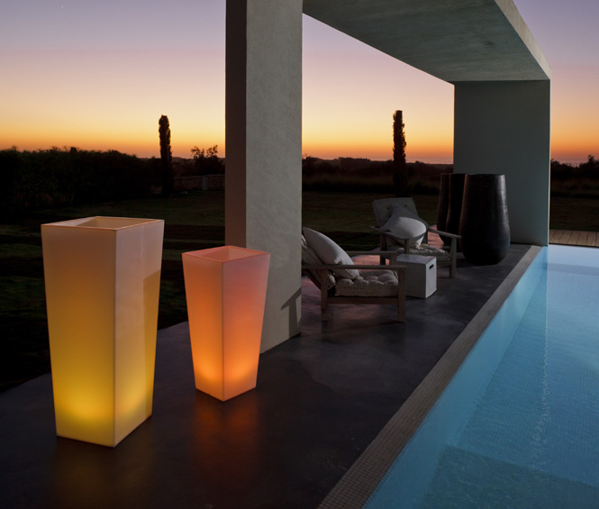smart green beleuchteter blumenk bel rumba. Black Bedroom Furniture Sets. Home Design Ideas